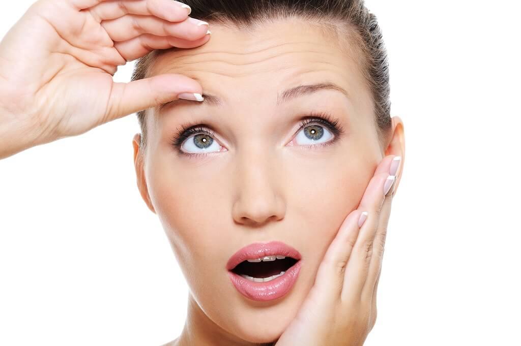viso, donna, pelle, rughe, salute, benessere, acqua, idratazione, bellezza, età, tempo