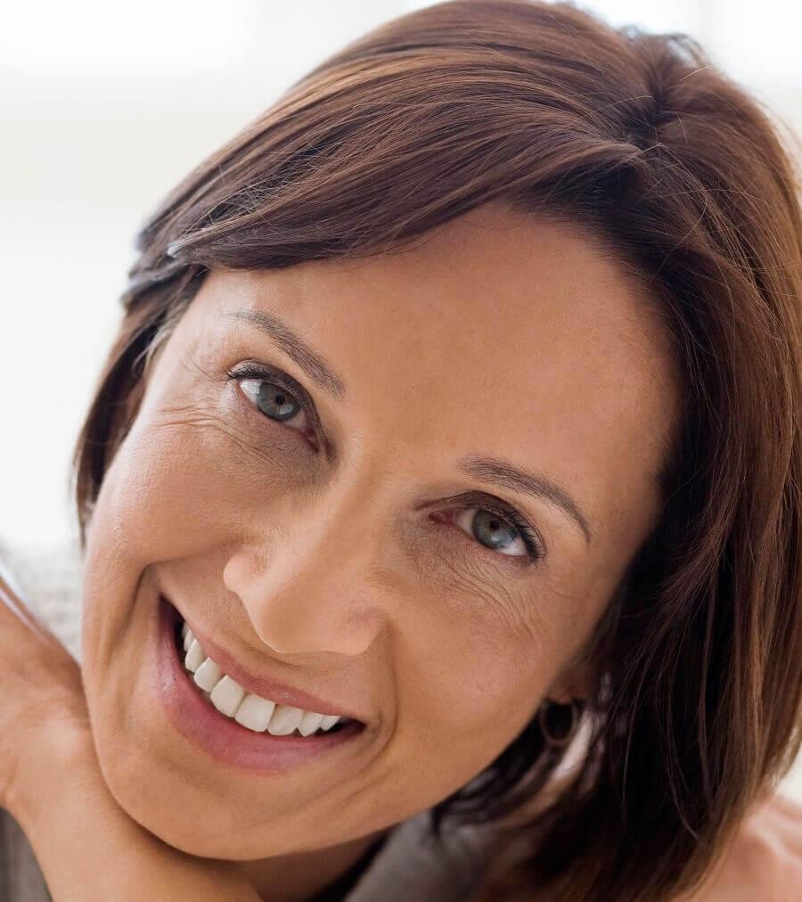 donna, sorriso, occhi, pelle, dermatologia, rughe, espressione, viso, volto, 40 anni, 50 anni